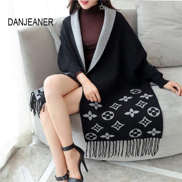 DANJEANER Autumn Winter Poncho Long Cardigan Female Batwing Sleeve Knitted Cardigans Women Sweater Tassel Ponchos V-Neck Cloak