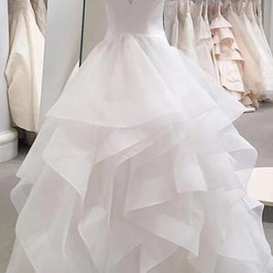 Exquisite White Tulle Available in Plus Size Wedding Dresses Bridal Gowns Deep V-Neck Ruffles Ball Gown Wedding Gowns Robe Mariee