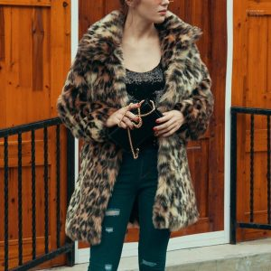 Leopard Printed Faux Fur Lapel Neck Coats Designer Women Clothing Winter Women Designer Coats Fashion Loose
